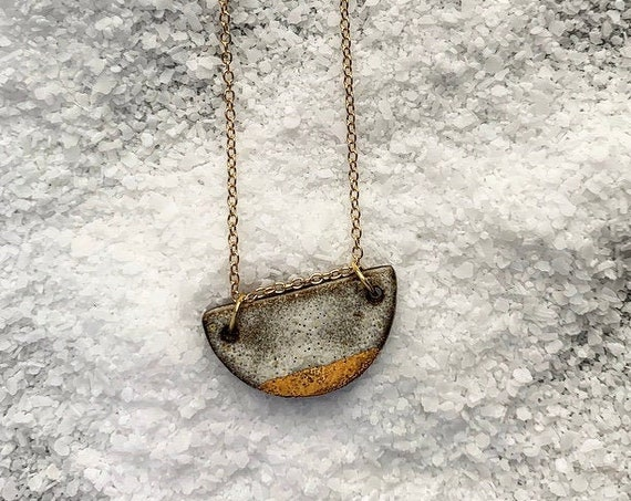 Gold Dipped Textured White Necklace
