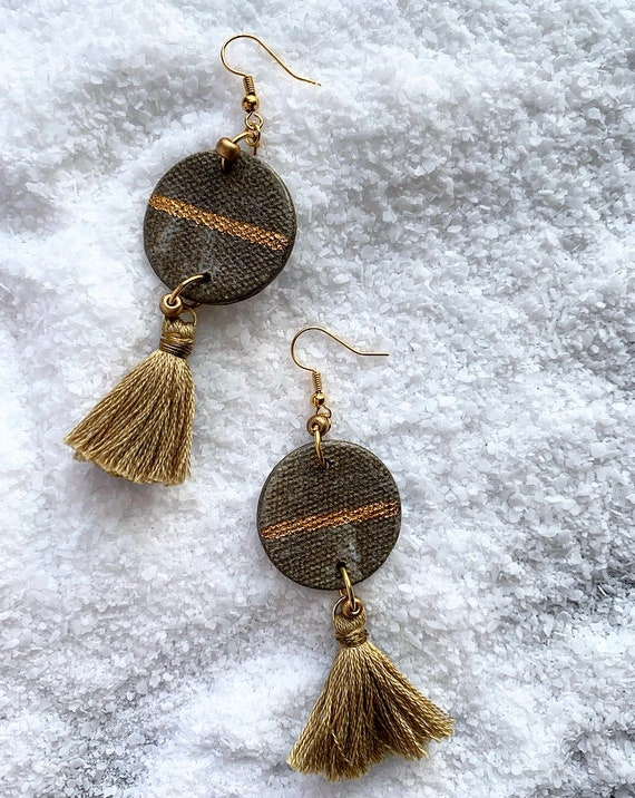 LG Marbled Gold Line Tassel Earrings