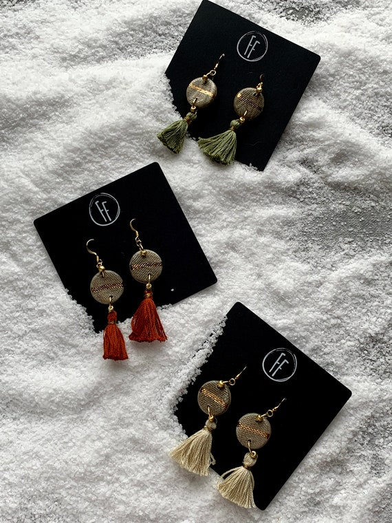 Marbled Gold Line Tassel Earrings