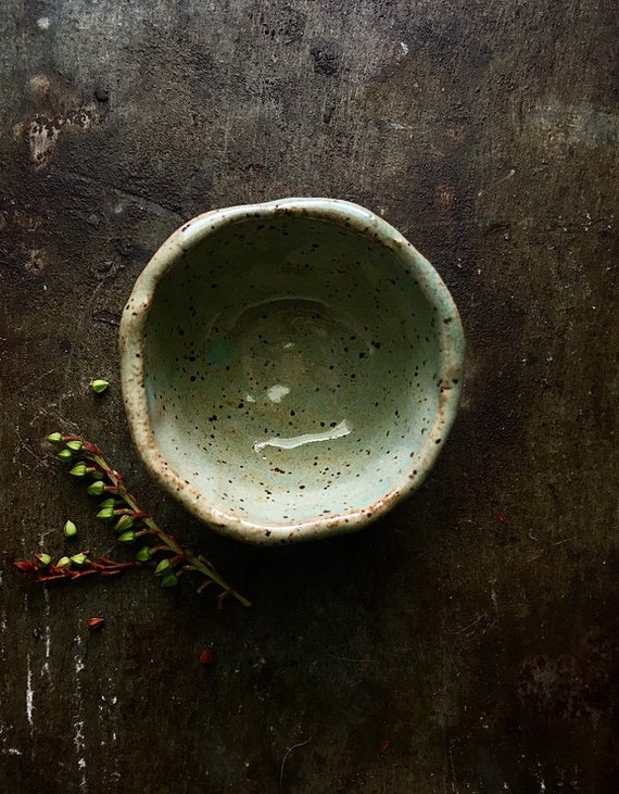 Chartreuse Speck Pinch Bowl