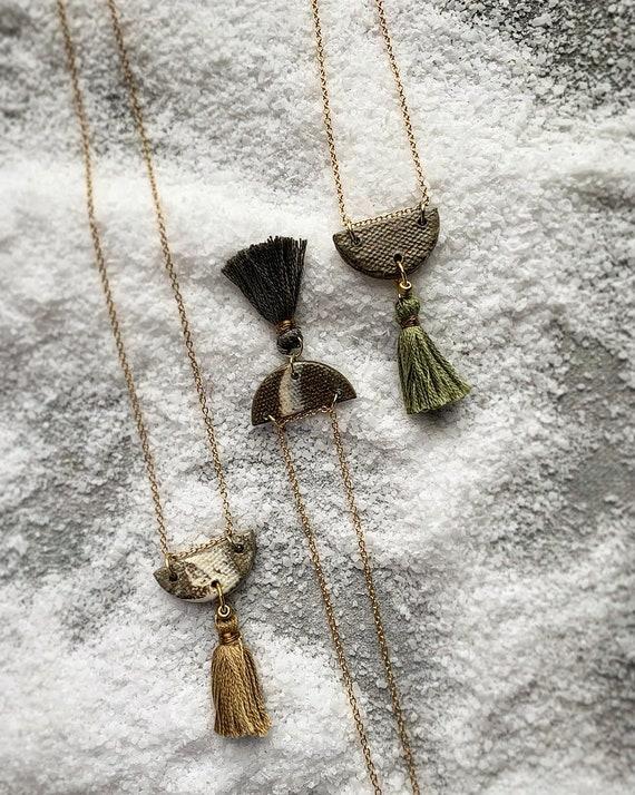 SM Marbled Tassel Necklace