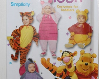 Simplicity Costume 4463 Disney Winnie The Pooh SZ 1//2,1,2,3,4 Toddler Halloween