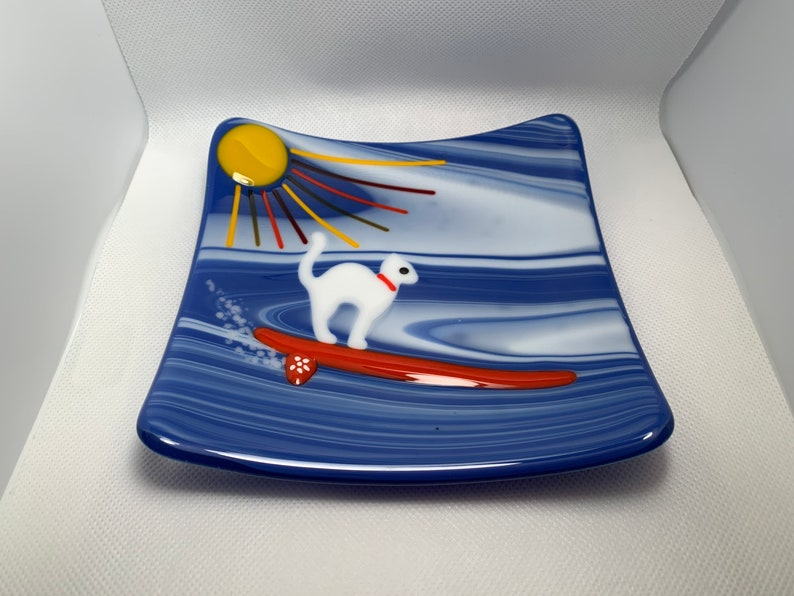 Fused glass surf kitty dish.