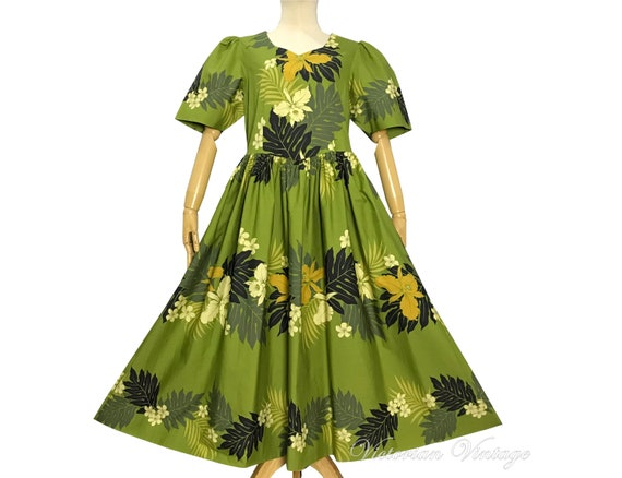 Vintage 1960s 1970s / Hawaiian Dress / Cotton Dres
