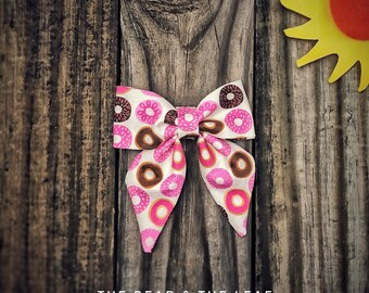 Summer Foodie, Doughnut Sailor Bow, Girls Hair Clip, Sailor Bows, Dougnut Hair Bow, Fabric Hair Bow, Girls Hair Bows, Summer Bow