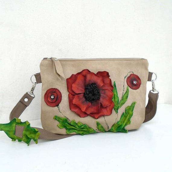 Bag with leather flower