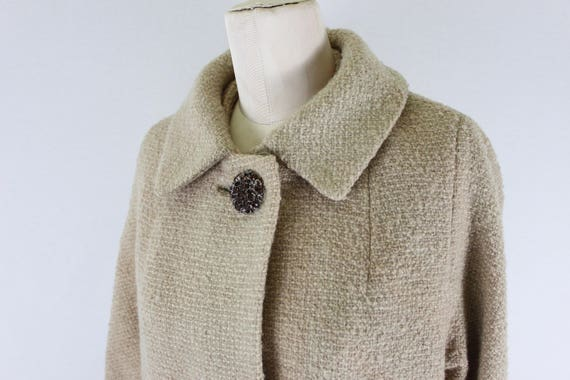 1960s Wool coat with oversized buttons | womens wo