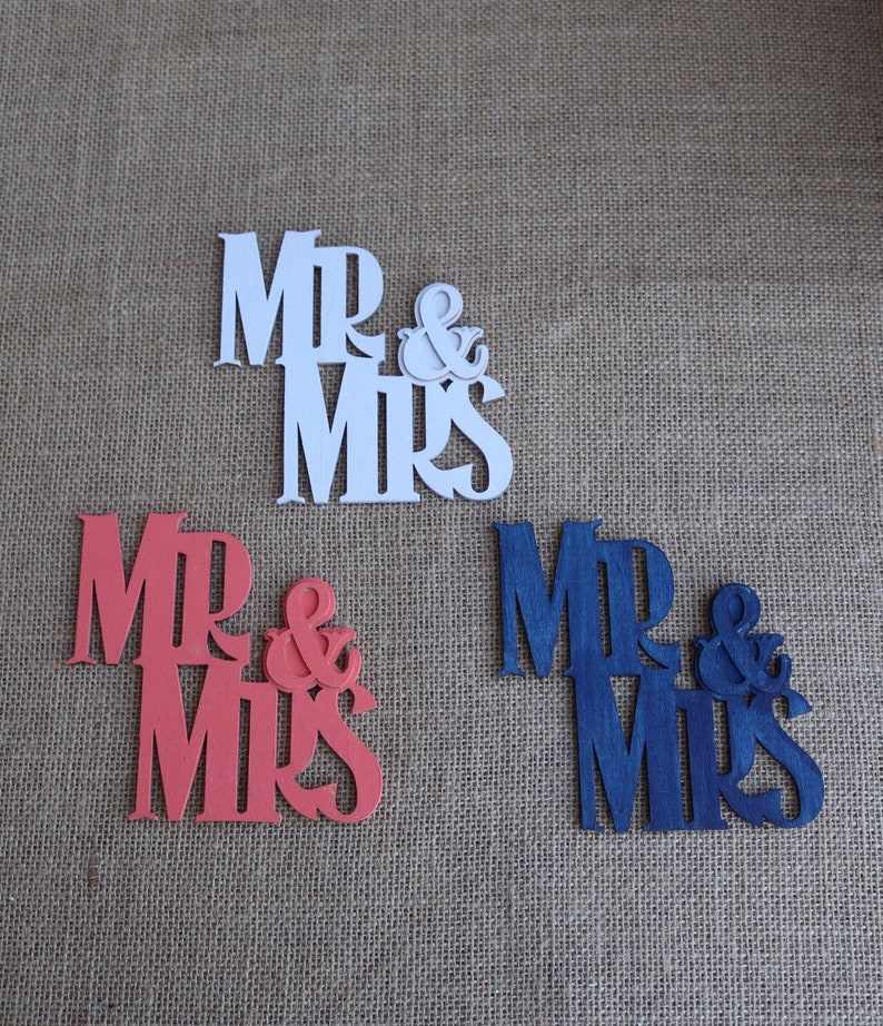 Mr and Mrs wood sign for beach wedding beach decor for sweetheart table