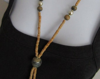 Y chain tassel necklace wooden beads painted detail lightweight 60cm 24 inches