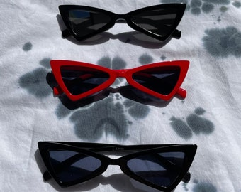 Retro Narrow Cat Eye Frame Various Colors Sunglasses