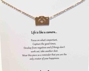 Camera necklace Dainty camera necklace Tiny camera necklace small camera necklace Friend gift Camera charm necklace Photography