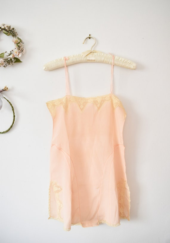 Vintage Peach Pink 1920s Step In Lace Trim | 1920s