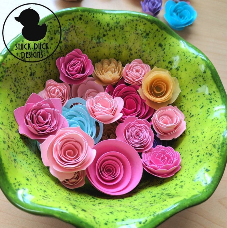 Extra Small Paper Flowers Xs Custom Paper Flowers Mini Flowers Little Flower Wedding Favors Diy Gifts Quilled Flowers Flower Banner