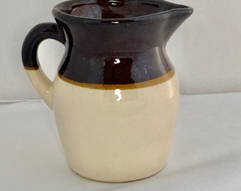 30/% Off 1940/'s Roseville Pottery Magnolia Pattern Creamer Pitcher Excellent Condition LL-C
