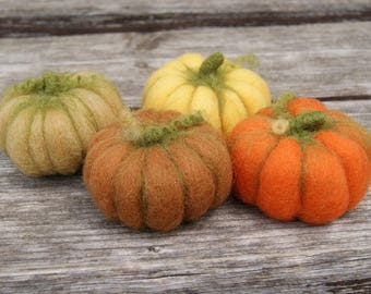 Needle felted wool pumpkins Set of 4 Waldorf Inspired Halloween home decor Thanksgiving