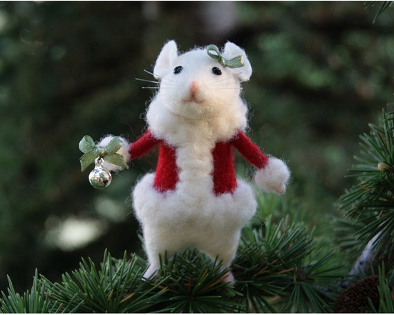 Christmas Mouse.Needle Felted Mouse Christmas Mouse White Mouse Needle Felted Animal Christmas Decor Birthday Gift Home Decor