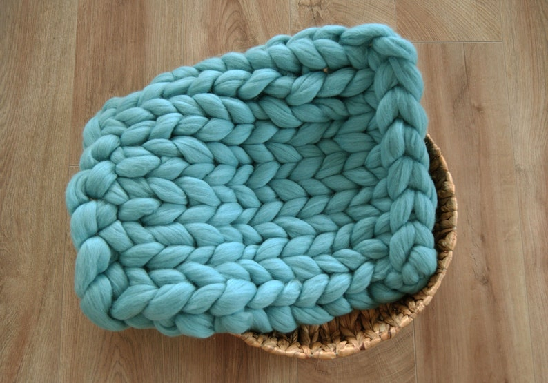 basket stuffer merino wool blanket bump blanket Newborn wool blanket chunky wool blanket hand knitted blanket newborn photo prop