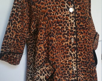 Vintage 1950s Quilted Leopard Flared Lounge Pajama Jacket Top