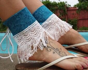 AubbieRoe Ankle Wear - Blue Floral & White Fringe