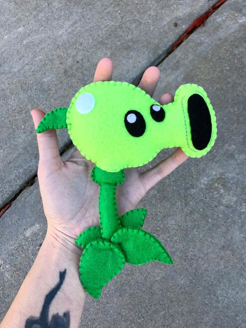 Plants vs Zombies / Peashooter / Video Game Characters / Plush Toys / Felt  Toys / Felt Plush / Custom Gifts / Montessori Toys