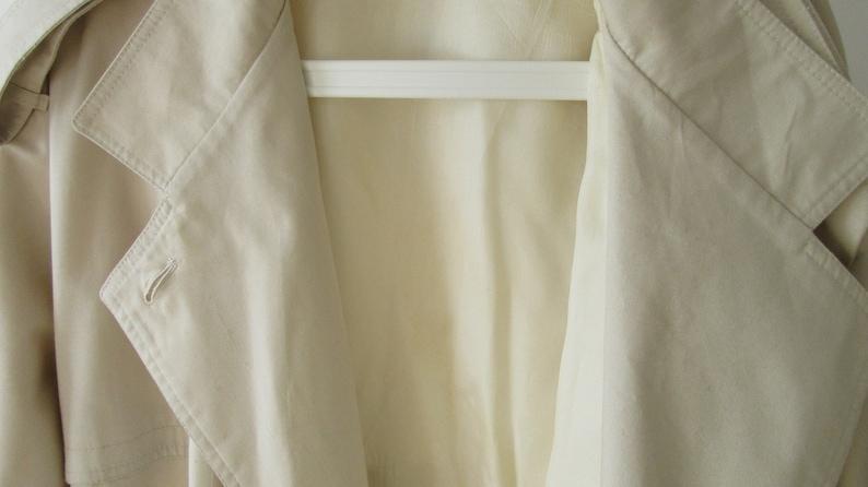 Vintage Rain Mac 1970 Lorraine Chase by Dannimac Retro Raincoat Vintage Women/'s Raincoat Vintage Women/'s Clothes Size 16