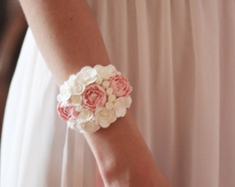 pink peony bracelet, flower bracelet, pink jewellery, bride bracelet, pink corsage, bridesmaids peony, gift for her, roses corsage,  white