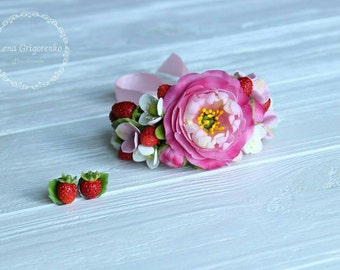 strawberry hairclip, strawberry bracelet, gift for her, rustirustic style, bride jewelry, bridesmaids gift, strawberry bride , strawberry