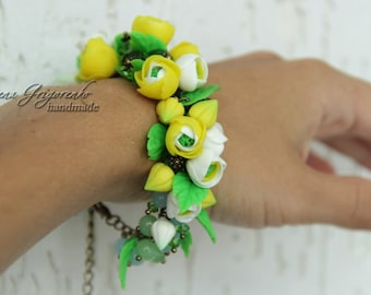 buttercup jewelry, cold porcelain, buttercup bracelet, bride buttercup, buttercup gift, bridesmaids gift, yellow buttercup, girls gift