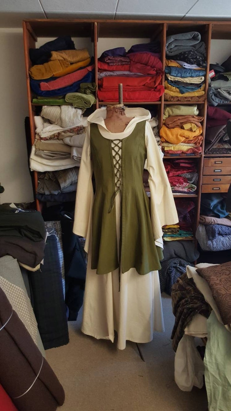 Dress two-piece medieval green