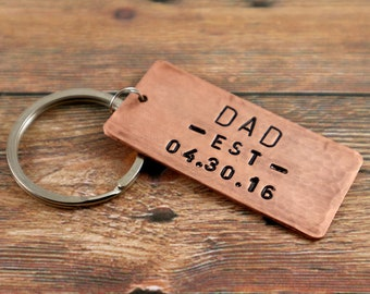 Personalized Dad Keychain New Dad Gift for Dad First Fathers Day Gift New Fathers Day Keychain Dad est Keychain Dad Keyring Dad Key Chain