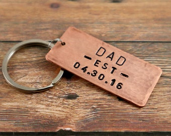 New Dad Gift Personalized Dad Keychain Fathers Day Gift Fathers Day Keychain Dad est Keychain Personalize Gift for Dad Keyring Dad Key Chain
