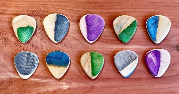 Guitar Picks Handmade From Recycled Skateboards