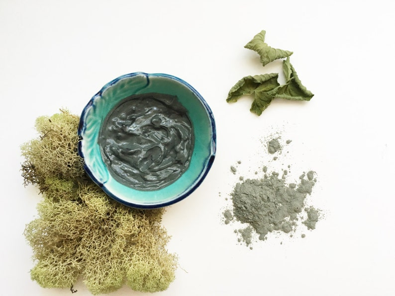Charcoal & French Green Clay Facial Mask  natural activated image 0
