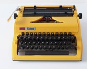 MINT condition Erika 100 portable typewriter, 1978. Professionally serviced