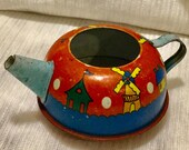 Vintage 1947 Rare Ohio Art Tin Litho Art Toy Teapot quot Winter Wonderland quot Edition