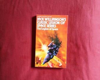 Jack Williamson - The Legion of Space (Sphere Books 1977)