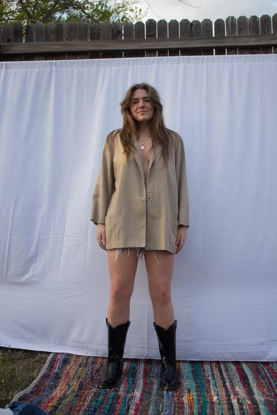 Vintage Great Quality Beige Linen Cardigan  Shirt  Blouse with Wooden Buttons  Size Medium Large 8 10 12
