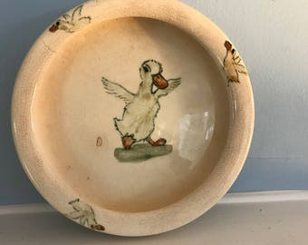 Weller Pottery Zona Line Puddle Duck Childs Rolled Edge Plate R30