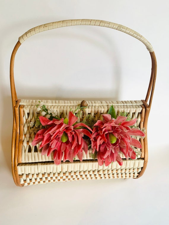 Red Woven Clutch Bag with Wood Frame