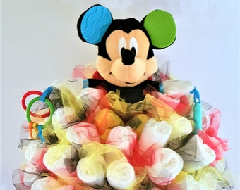 Mickey Mouse toy bouquet - baby shower decorations - baby shower centerpiece ideas - new mom gift - new baby gift - Disney baby shower ideas