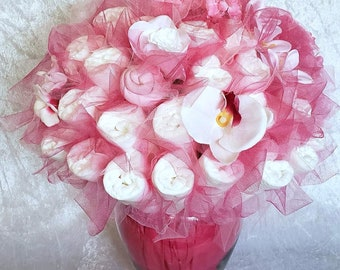 Fuchsia Pink Diaper bouquet - baby shower centerpiece ideas - baby girl shower ideas - pink baby shower decorations - new mom to be gift