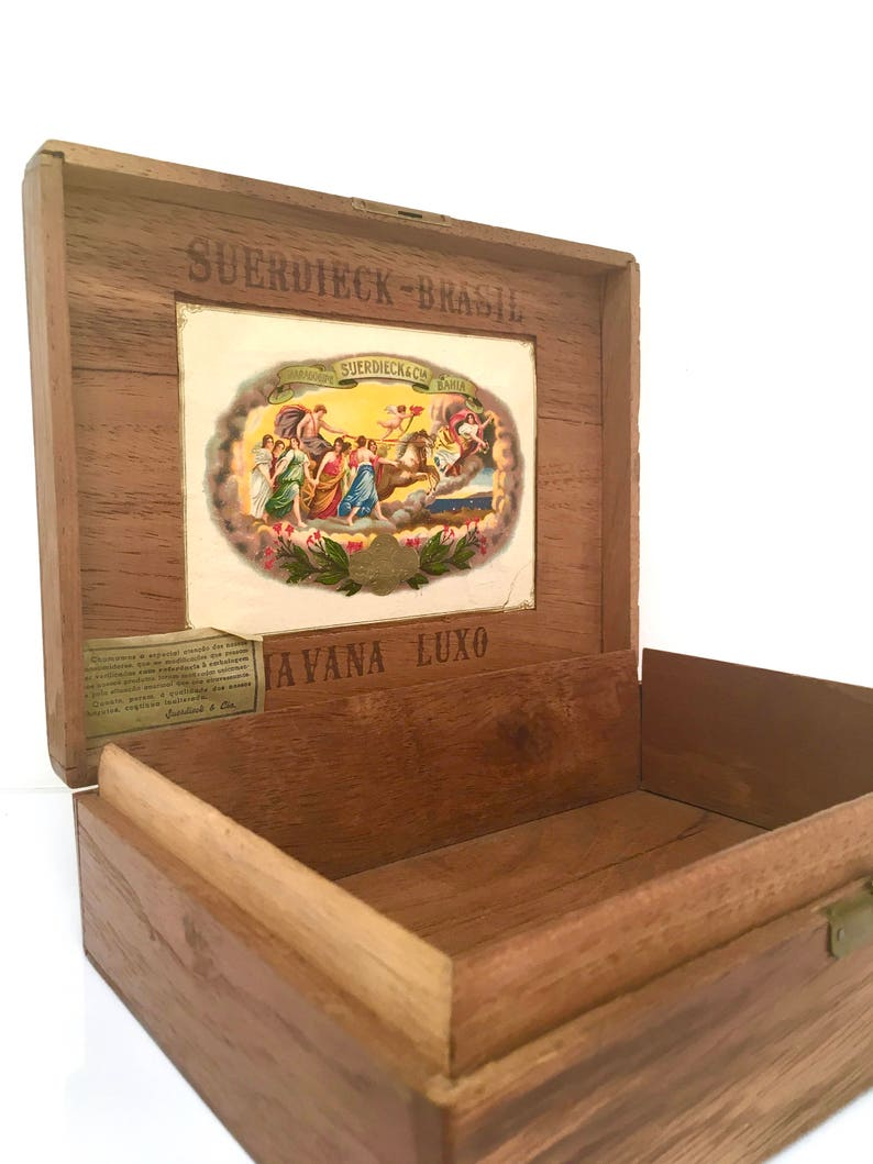 Vintage Wooden Cigar Box Suerdieck Man Box Watch Box Jewelry Box Stash Box Keepsake Box Man Cave Decor