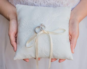 Ivory French Chantilly Lace Ring Pillow -  Handmade in the USA, Ring Bearer Pillow, Ring Pillow, Ring Boy