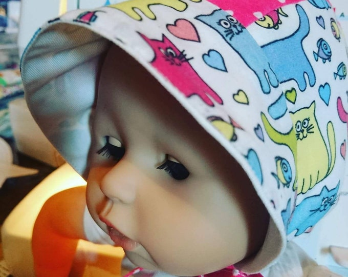 Baby hat, Baby bonnet, Baby's first hat, Handmade hat, Infant hat, Infant bonnet, Infant custom hat, baby arrival gift, first birthday gift