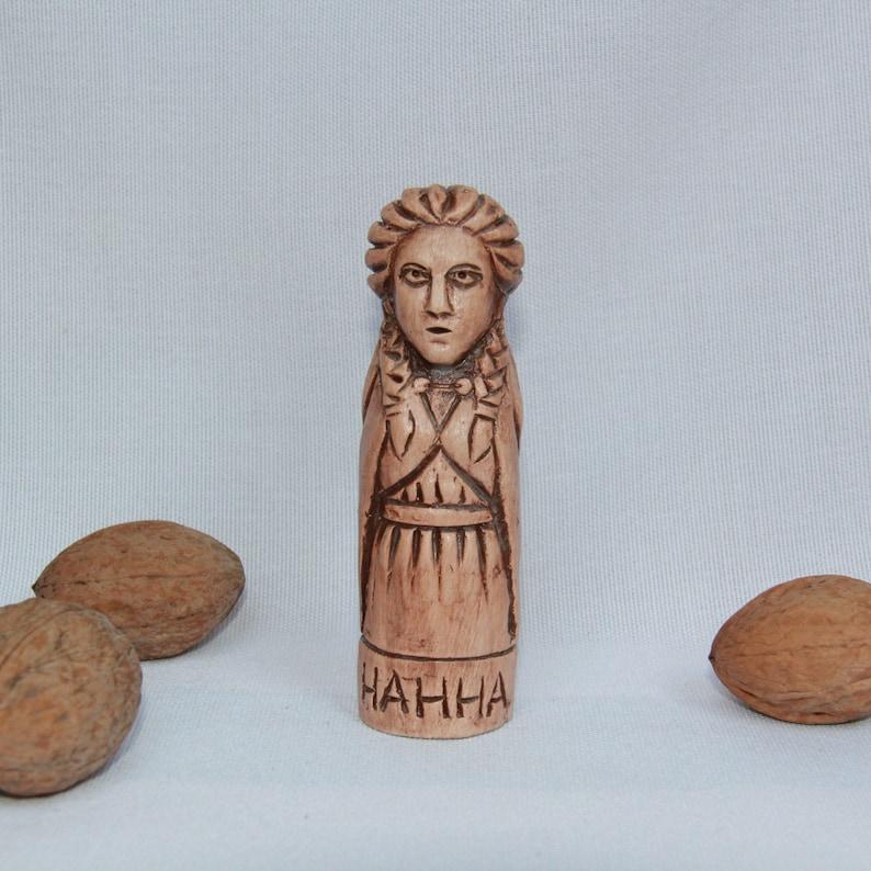 NANNA Figurine image 0