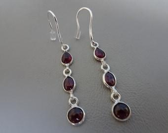Sale!! 20% OFF!! Silver earrings with gemstone Garnet-dangling-sterling silver-Silver earrings with Garnet-925 Silver