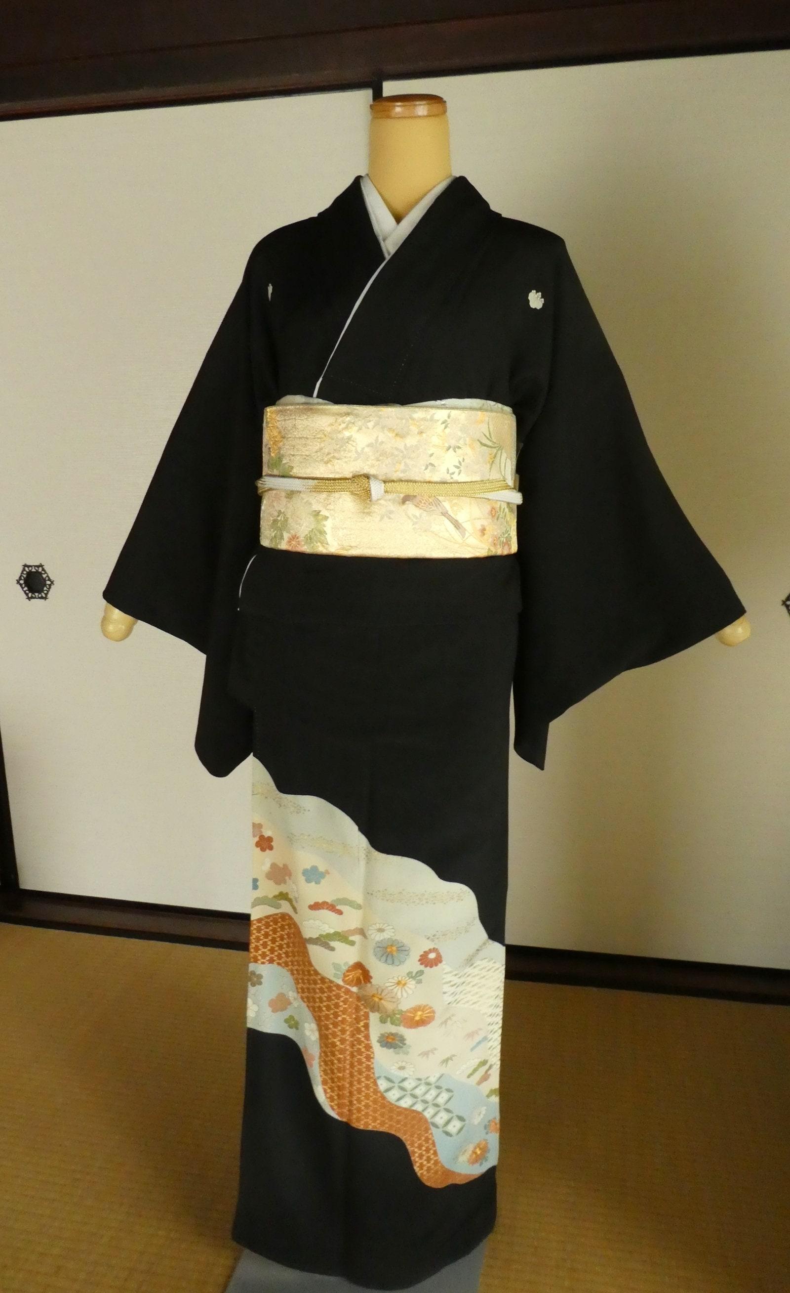 dbb6c9b06 KURO-TOMESODE Kimono kawaii design 161cm black formal Yuki | Etsy