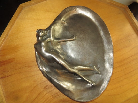 Art Deco Art Nouveau Austria Bronze Nude Lady Card Jewelry Trinket Tray Ashtray
