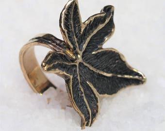 Sweetgum leaf, silver gilt ring aged.