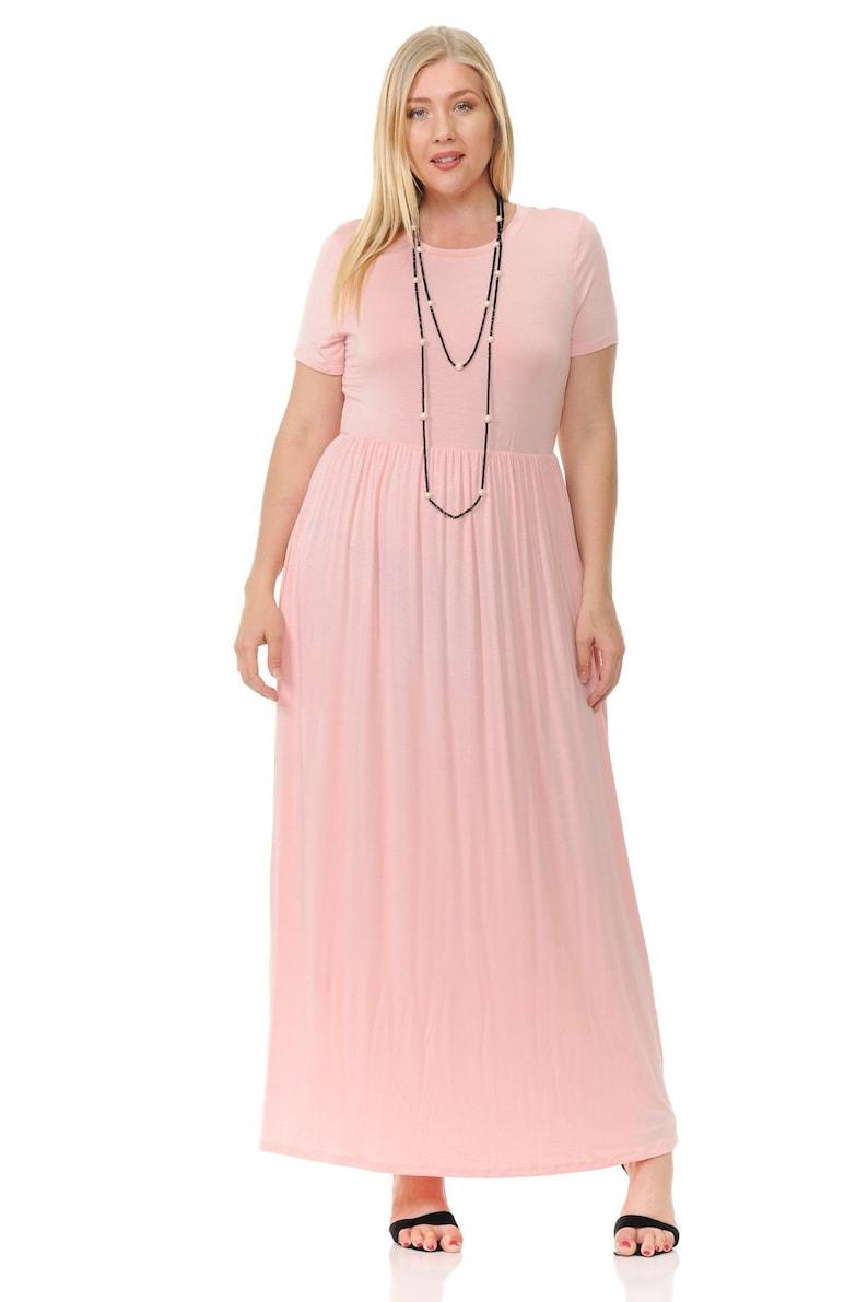 Plus Size Short Sleeve Maxi Dress with Pockets Blush